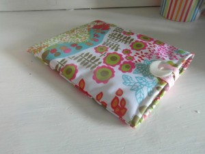 quilted kindle case quick and easy handmade gift ideas