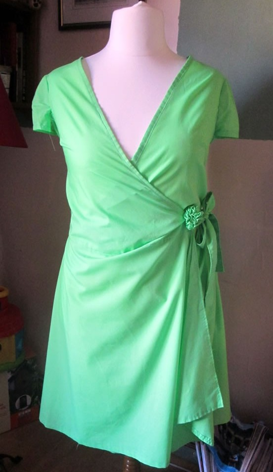 sewing clothes without a pattern truth about sewing your own clothes how to make a ruffly flower