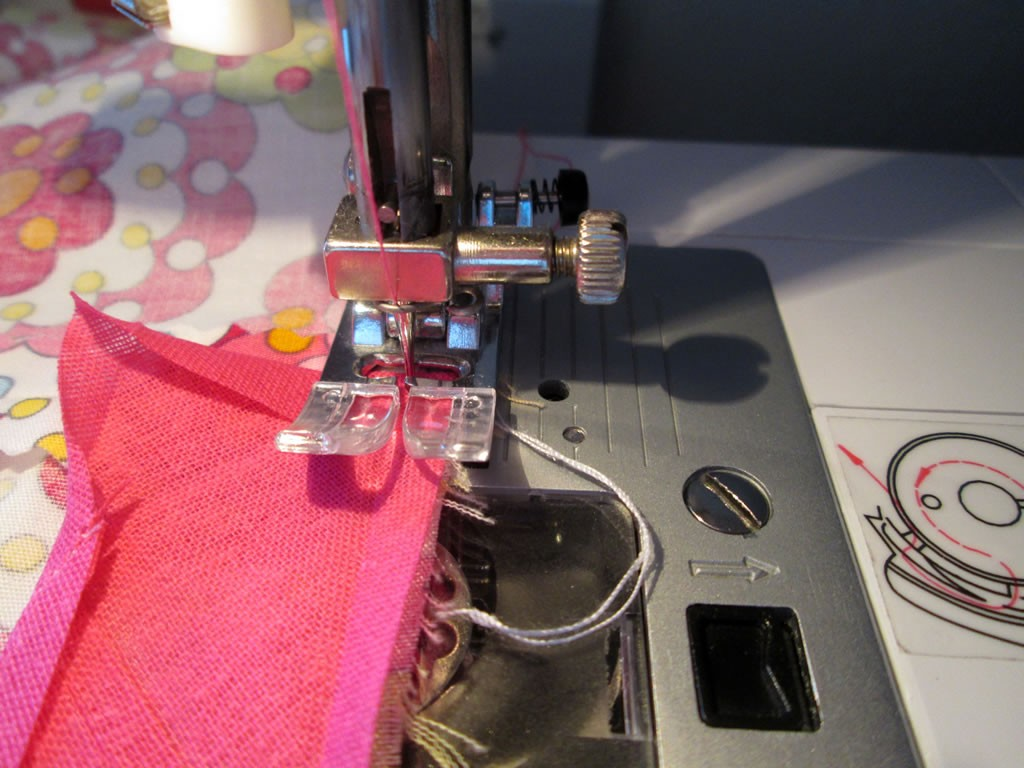 circle skirt how to sew on bias binding