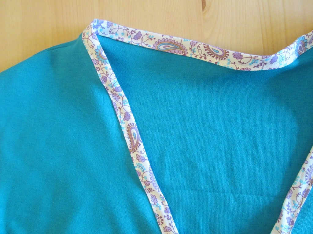how to finish a neckline