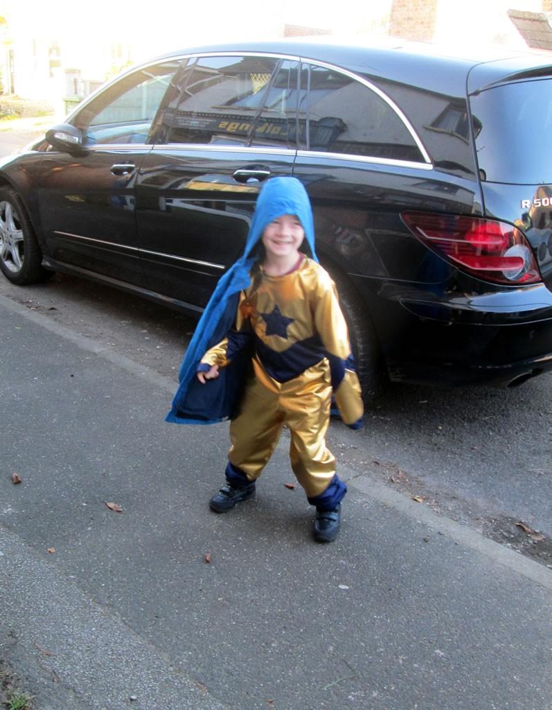 superhero share it sunday