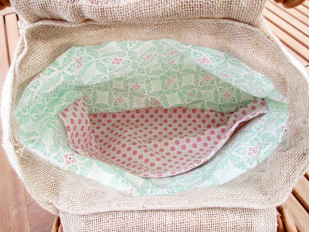 how to make a burlap bag tutorial