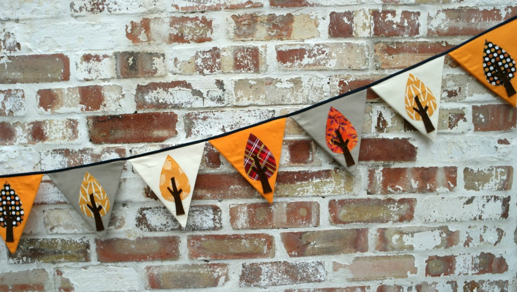 12 tips for making bunting 12 things to sew in the autumn bunting is best year of bunting challenge 4 bunting with flowers