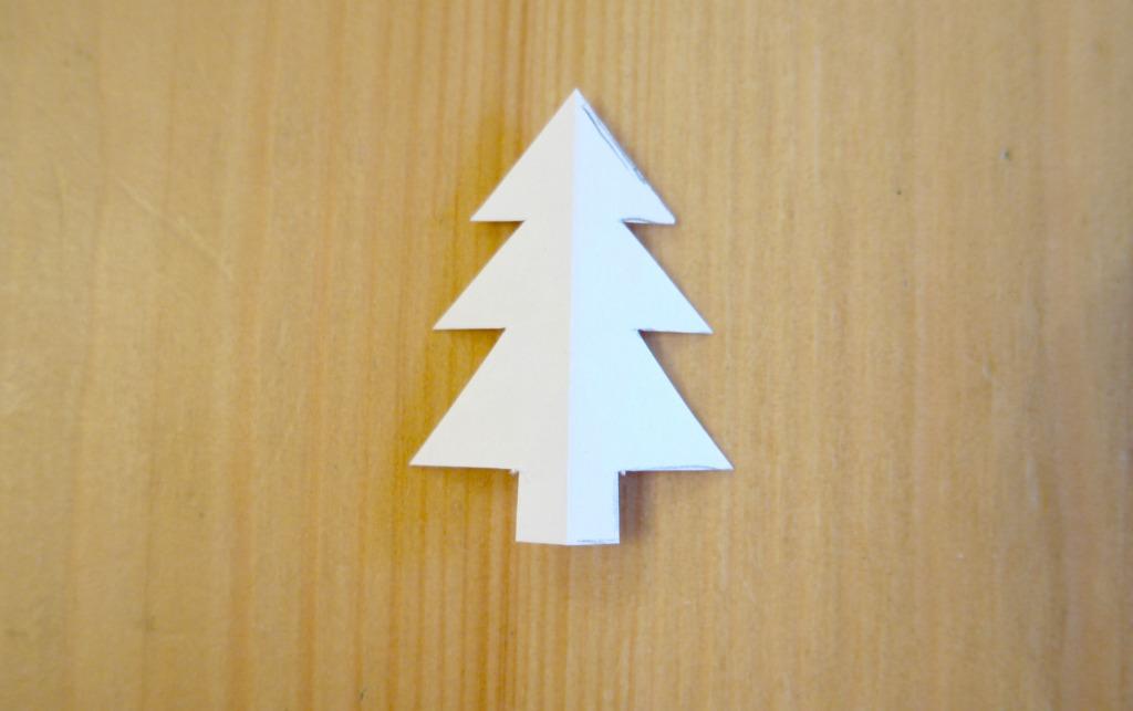 very easy christmas earrings christmas tree earrings tutorial diy how to