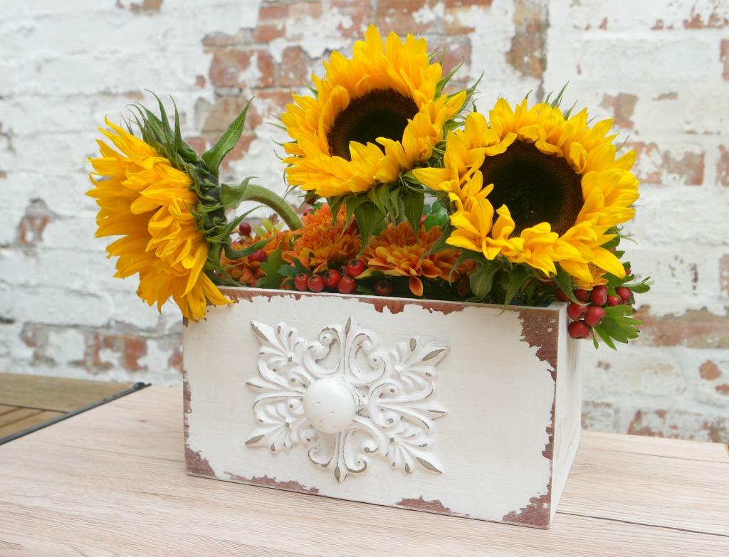 easy diy autumn flower arrangement
