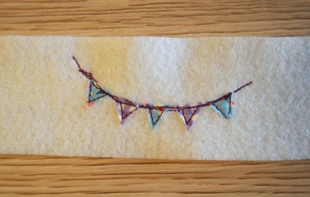 year of bunting pincushion tutorial with mini bunting