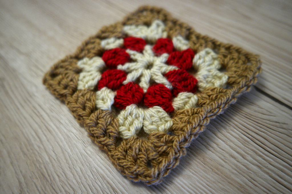 autumn granny square pattern