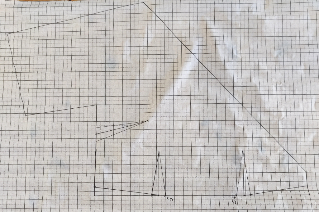 drafting the bodice front